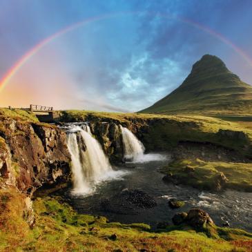 Flight to Reykjavik