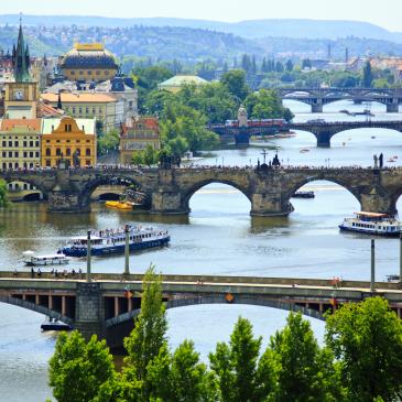 Flight to Praga